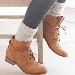 Shoemint Boots